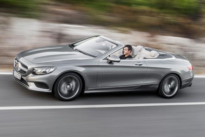 S 500 Cabriolet: 455 LE, 700 Nm, 8,5 l/100km. Kilencfokozatú 9G-Tronic sebességváltóval