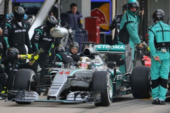 F1: A nézők szavazzanak a kerékcserékről?