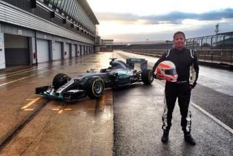 F1: Addig járt a szája, amíg beültették az idei Mercibe