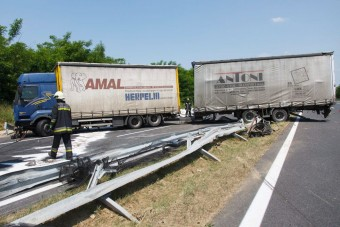 Ezért van torlódás az autópályáinkon