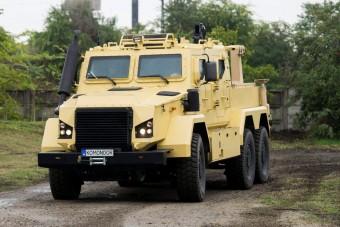 Magyar páncélozott járművek mutatkoztak be