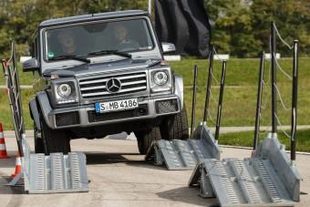 G-osztálytól a GLA-ig: Terepgyakorlat Mercedesekkel
