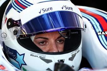 F1: Befejezi karrierjét a női pilóta
