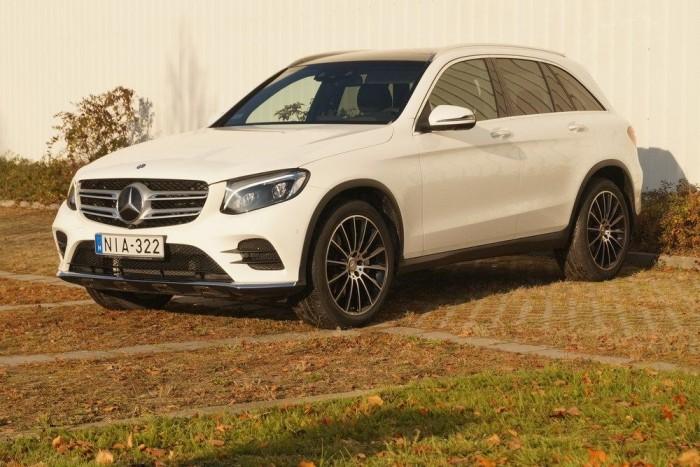 A Mercedes csillaga újra fénylik: sorra szórja ki a jobbnál jobb új modelleket a márka. A GLK utódja, a GLC is fantasztikusra sikeredett