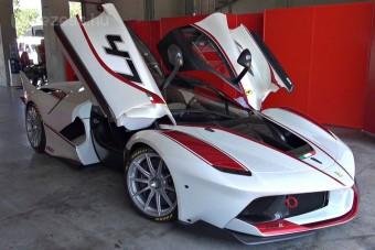 Ezt a Ferrari videót hallanod kell!