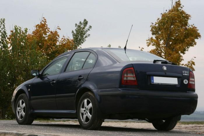 Egyszer sem robbant le a 2001-es autó. Második tulaja 11 éve használja, több mint félmillió kilométer tett meg vele