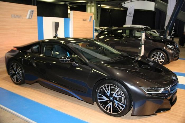 BMW i8-as nélkül ma már nem lehet elektromos autós programot tartani