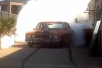 Aki így áll be a garázsba, annak jár a tökös becenév