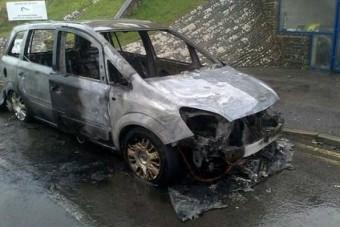 Kókler szerelők miatt gyulladnak ki az Opelek