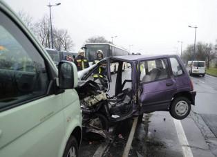 Megrázó fotók a gyorsforgalmin történt balesetről
