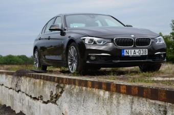 Teszt: BMW 330i xDrive 2015