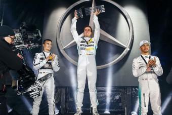 A DTM-pilóták elverték Hamiltonékat