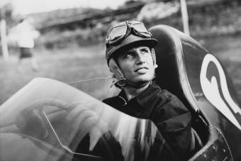 Elhunyt az első Forma-1-es pilótanő