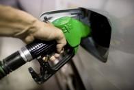 400 forint közelébe emelik az üzemanyag árát 1