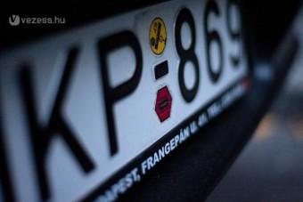 Az autók harmadát kitilthatják a pesti utakról