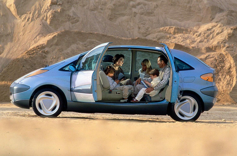 Egy kellemes Citroën belsőből senkinek nem akarózik kiszállni a gyilkos UV sugárzásba