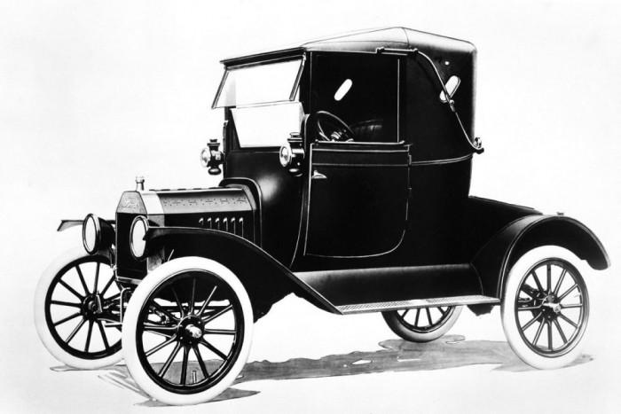 Ford T-Model. 10-20 ezer dollárért válogatni lehet az üzemképes példányok között kint