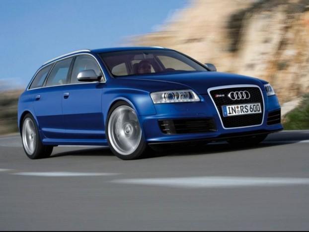 Audi RS6 Avant - 5,2 literes V10-es motor 580 lóerő, 650 Nm nyomaték, ami már 1500-as fordulattól rendelkezésre áll. Nem az a végtelenbe üvöltő farológép, mitn az M5, inkább teret görbítő expressz mozdony a belső sávba. Télen-nyáron. A gyári adatok szerint 4,6 másodperc alatt érheti el a 100 km/h-s sebességet, és 14,9 másodperccel az indulás után már 200 km/óra a tempó. Ha az Alfa Romeo 159 nehézsúlyú, akkor az Audi a valódi ólomláb, üresen 2025 kilogrammot nyom. Az RS6 Avant 565 literes csomagtere a hátsó ülések lehajtásával 1660 literesre növelhető, tehát sok bármit vihetünk bárhová, iszonyat gyorsan.
