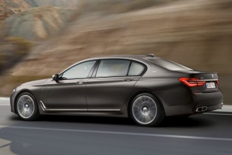 Ennél gyorsabb BMW 7-es nem volt még