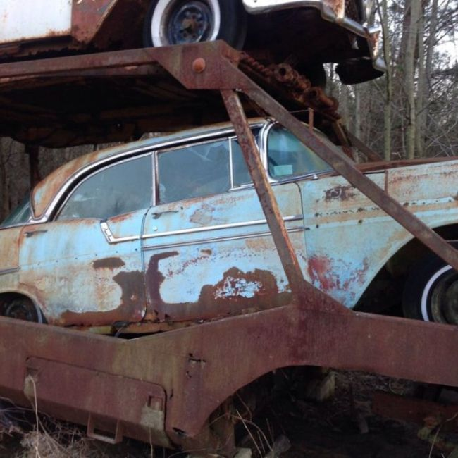 abandoned_chevy_06