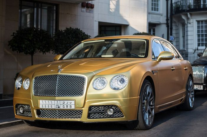 gold_supercars_09