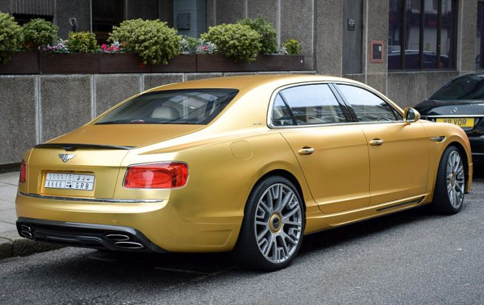 gold_supercars_12