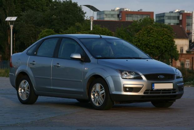 Temérdek II-es Focus vár vevőre használtan,az árak nyomottak. 1,2-1,3 millió forintért már vannak jó autók a modellfrissítés előtti verzióból