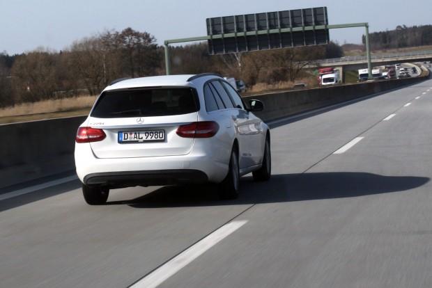 Decens Mercedes C-Klasse kombi, négyhengeres dízellel