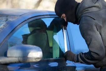 Így védd meg az autódat a tolvajok ellen!
