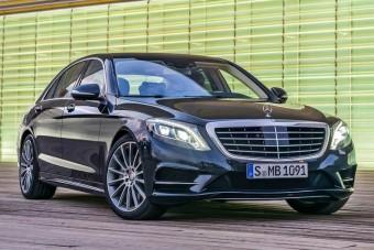 Tényleg 100 ezer Mercedest rendelt az Uber?!