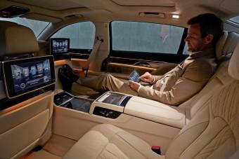Lehet-e BMW-t csinálni egy Fordból?