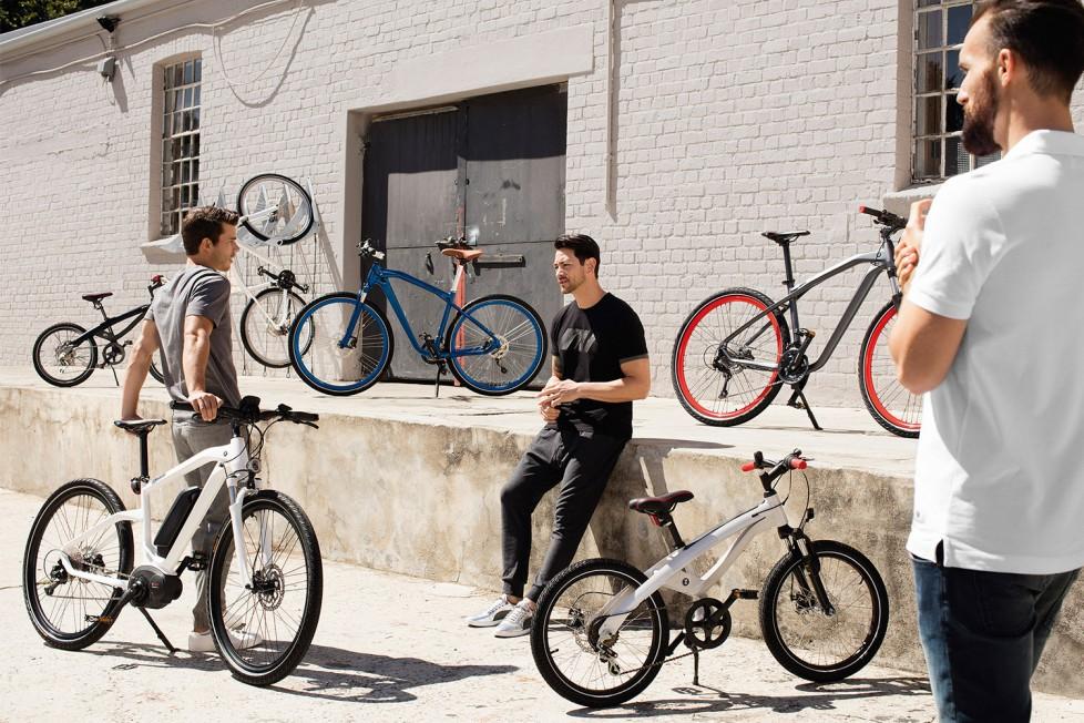 P90212248_highRes_bmw-bikes-2016-03-20
