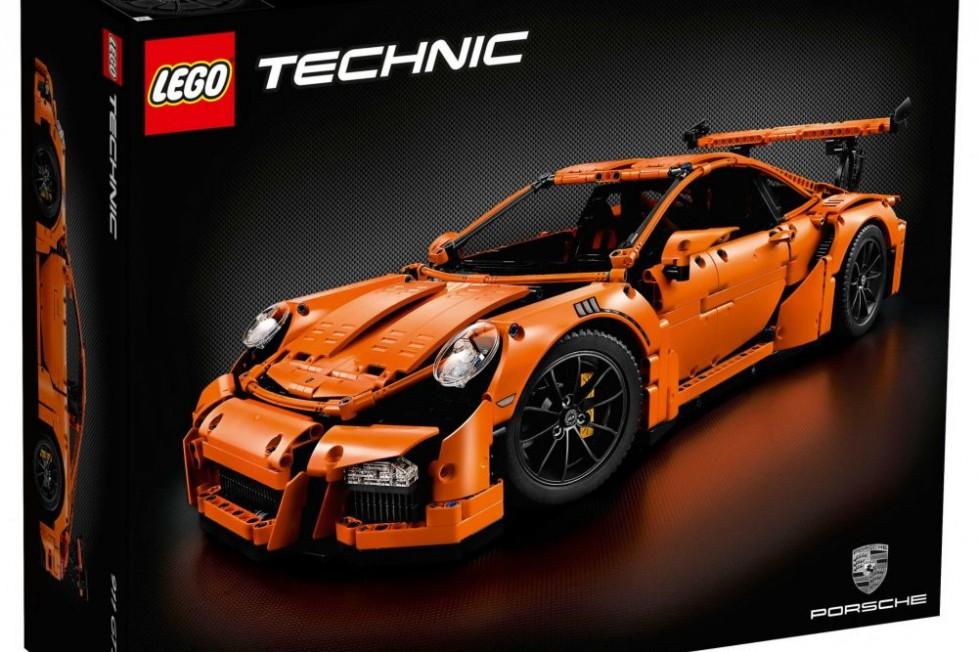 42056_lego-technic-porsche-911-571f2817935c0 (1)
