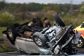 Kegyetlen magyar baleset Horvátországban, egy halott, két sérült