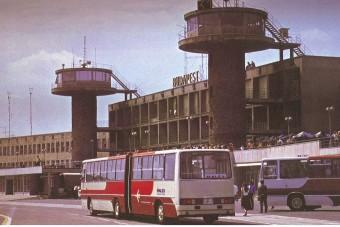 Retró köntösben születik újjá a MALÉV Ikarus busza