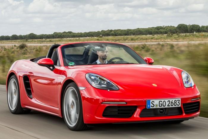 Mit tud egy Porsche négy hengerrel? 2