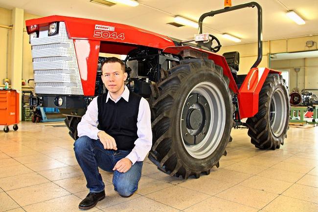 magyar_traktor_2k