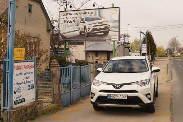 Komoly kampányt is tol a friss RAV4 mellé a Toyota