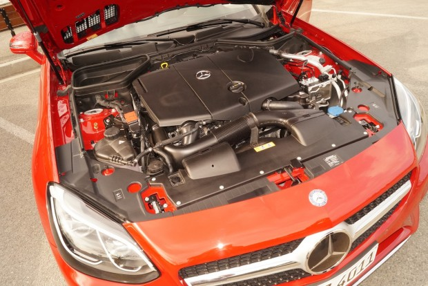 2,2 literes dízel az SLC250d-ben: 16 mázsa ezzel a motorral az autó