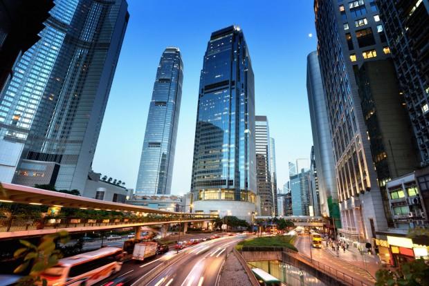 1. Hongkong, 498 Ft/liter. Izraelen kívül az egyetlen nem európai ország a listán a délkelet-ázsiai városállam. Tavaly 538 forintba került a benzin literje a két budapestnyi területű, 263 apró szigetből álló országban. Ezek szerint az olajár csökkenése messze nagyobb volt, mint a forint árfolyamgyengülése a dollárhoz képest