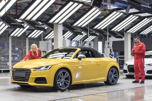 Csökkenti termelését a győri Audi