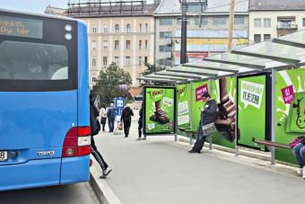 Elhunyt a fedett buszmegálló feltalálója