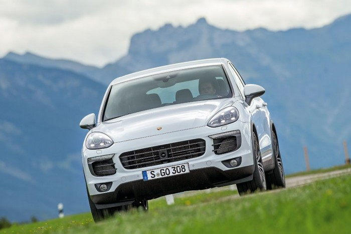 Kényelem helyett vezetési élmény - de pont ettől Porsche
