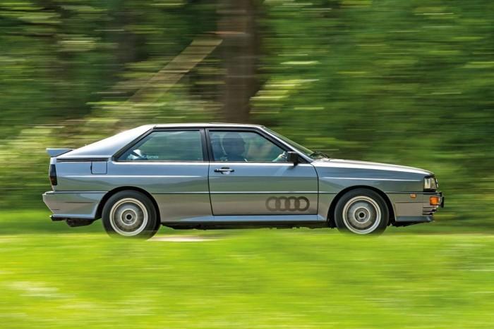 Az Audi szögletes sziluettje. 10V vagy 20V? Ebből a szögből ez még nem látszik