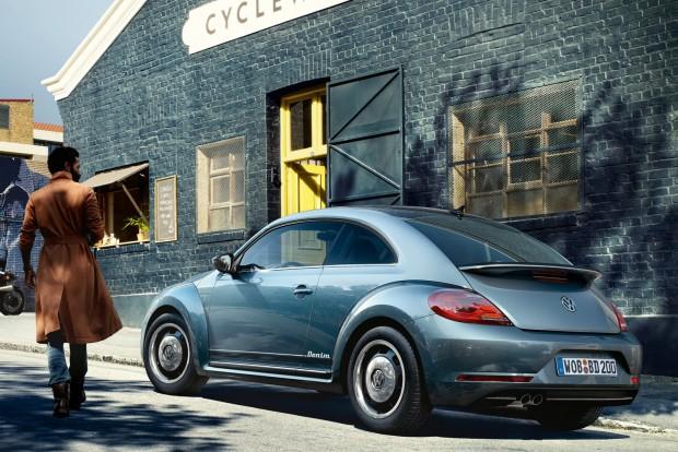 Volkswagen Beetle Denim: kőmosott kék fényezés, stílusos retró keréktárcsák
