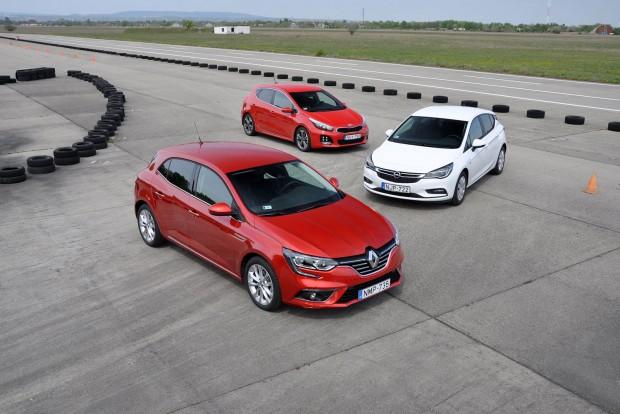 Csordás Gábor a Renault-t választaná, Rácz Tamásal mi inkább az Astrát vennénk
