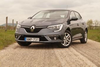 A kevesebb néha több: éljen a fapados Renault Mégane!