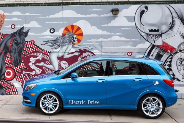 Mercedes-Benz-B-Class_Electric_Drive-2015-1600-0a