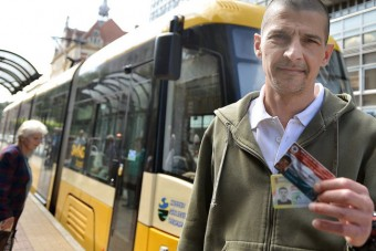 Szegeden is ingyen utazhatnak a mentősök
