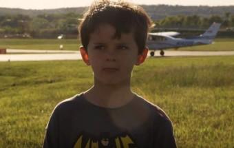 Apa pilóta, helikopterrel húzott fogat